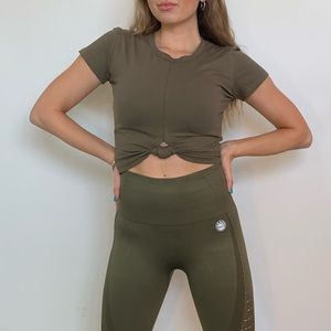 NWT Cropped Tee In Olive Green
